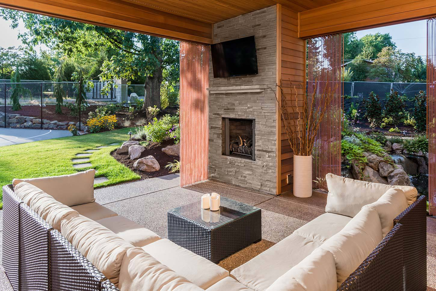 50 Best Patio Ideas For Design Inspiration For 2019: Modern
